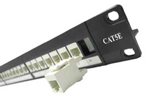 Patch Panel com presilha e Cover
